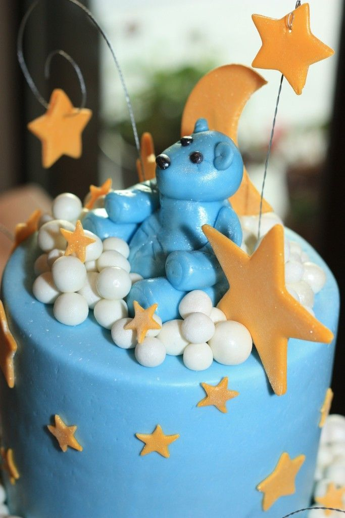 blue cake with bear